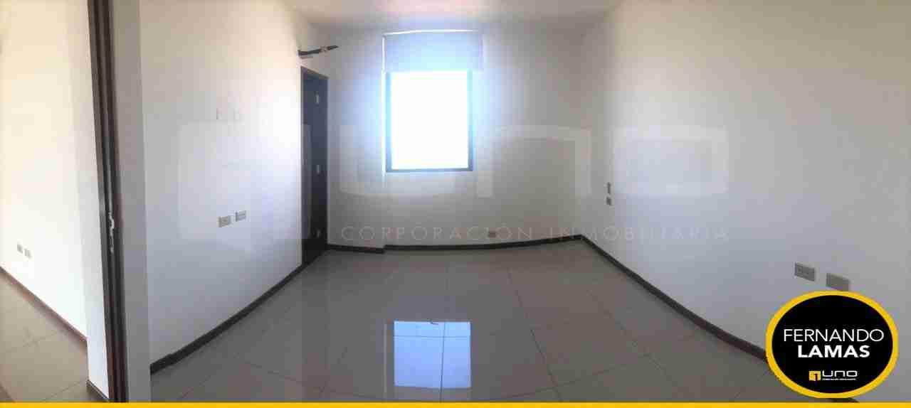 Departamento de 3 Dormitorios en Alquiler, Edificio Macororo 11, Zona Equipetrol, Santa Cruz, Bolivia (5)