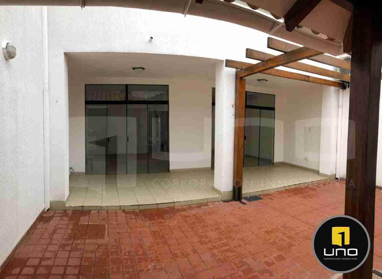 Casa en Alquiler, Avenida Roca y Coronado, Zona Oeste, Santa Cruz, Bolivia (15)