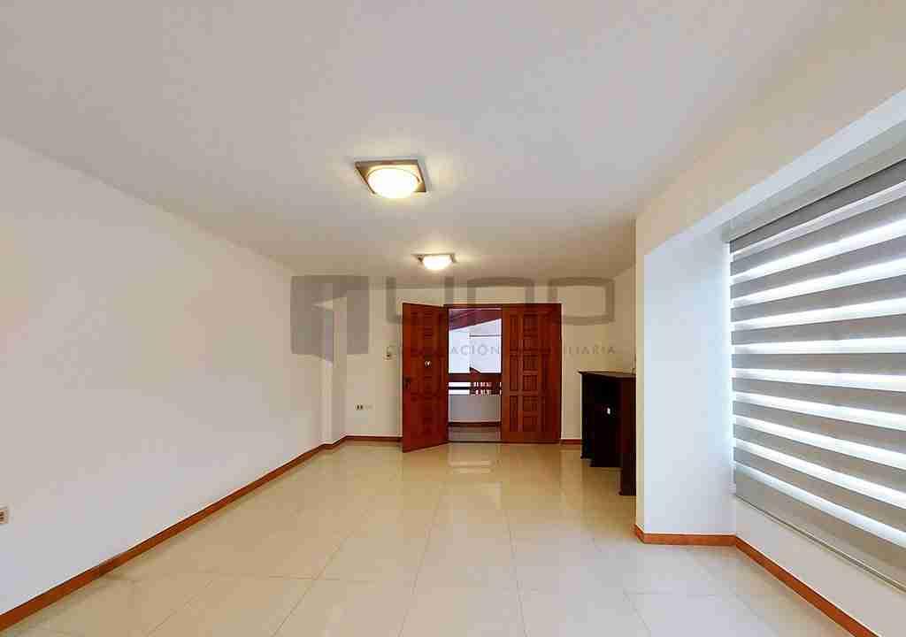 12-casa-alquiler-zona-Oeste-Barrio-Las-Palmas-uno-alquila-uno-corporacion-inmobiliaria-santa-cruz-bolivia