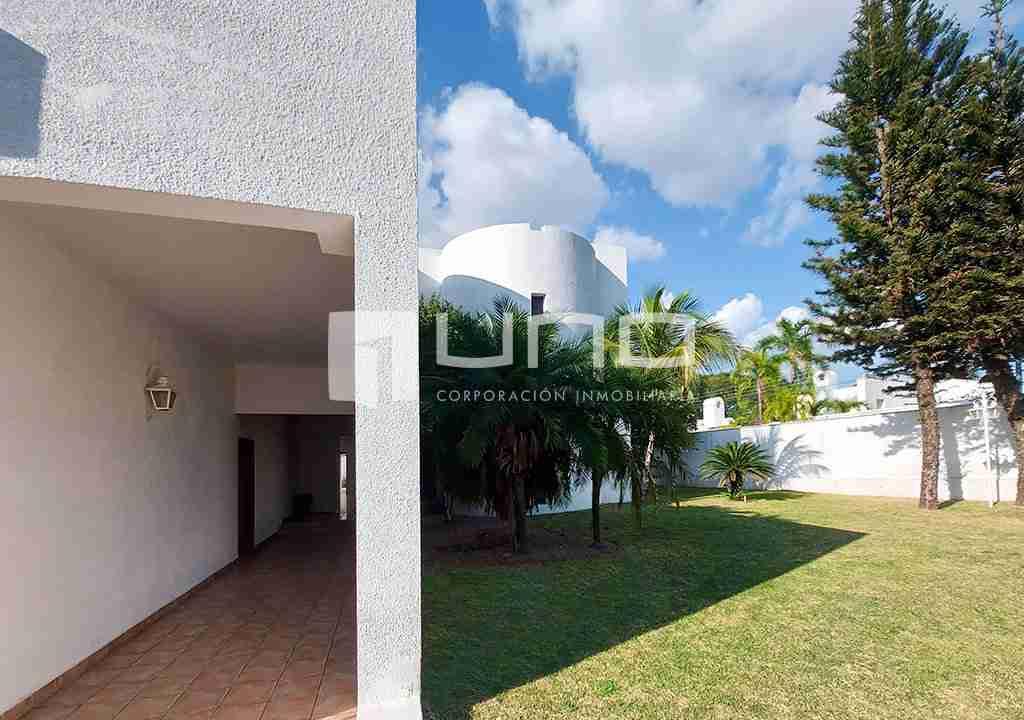 18-casa-alquiler-zona-Oeste-Barrio-Las-Palmas-uno-alquila-uno-corporacion-inmobiliaria-santa-cruz-bolivia
