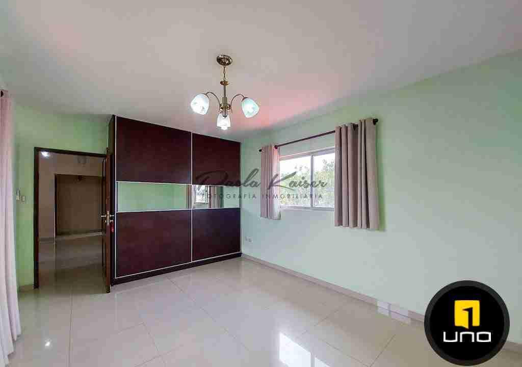 10-casa-en-venta-condominio-zona-urubo-santa-cruz-bolivia-paola-kaiser-bienes-raices-inmobiliaria