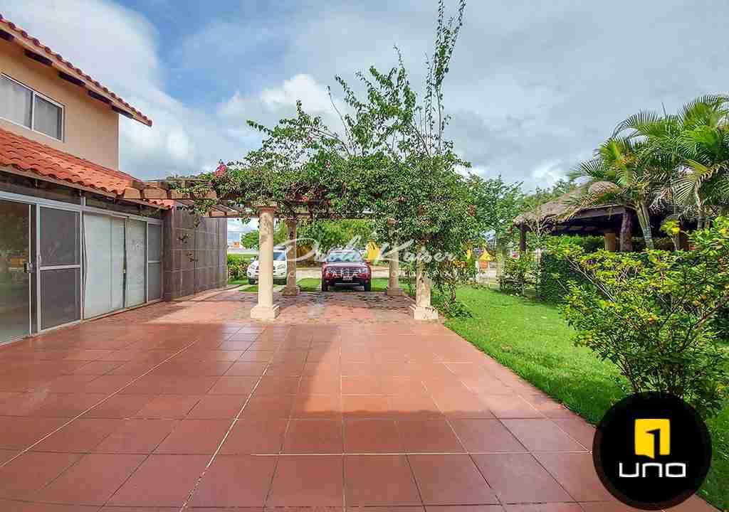 15-casa-en-venta-condominio-zona-urubo-santa-cruz-bolivia-paola-kaiser-bienes-raices-inmobiliaria