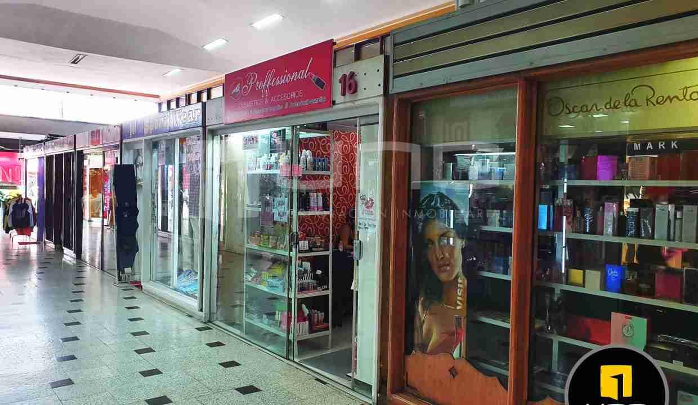 2-local-comercial-en-venta-en-centrico-centro-comercial-av-cañoto-santa-cruz-bolivia