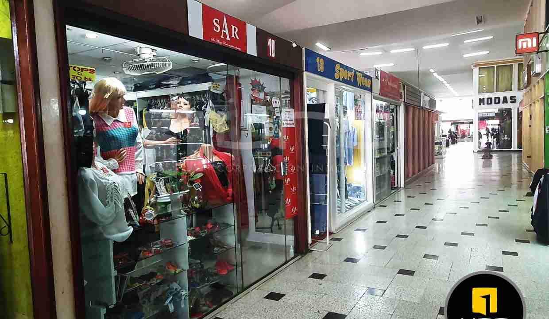 3-local-comercial-en-venta-en-centrico-centro-comercial-av-cañoto-santa-cruz-bolivia