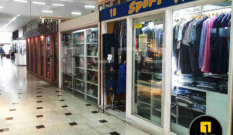 6-local-comercial-en-venta-en-centrico-centro-comercial-av-cañoto-santa-cruz-bolivia