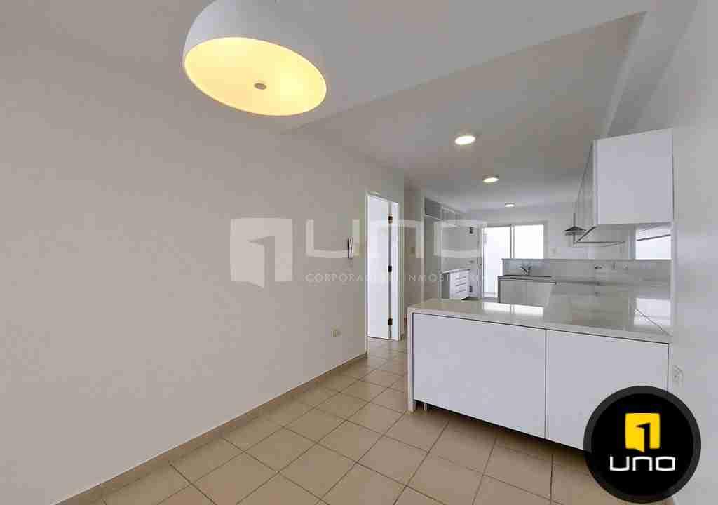 7-casa-alquiler-zona-Oeste-Barrio-Las-Palmas-uno-alquila-uno-corporacion-inmobiliaria-santa-cruz-bolivia