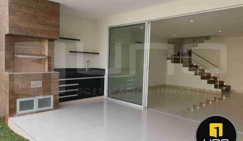 Casa de 2 pisos en Venta, Zona Norte, Avenida Beni, 8 Anillo, Santa Cruz, Bolivia (16)