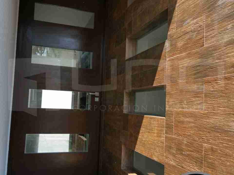 Casa de 2 pisos en Venta, Zona Norte, Avenida Beni, 8 Anillo, Santa Cruz, Bolivia (3)