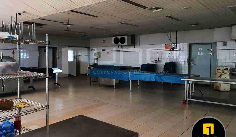12-en-venta-o-alquiler-amplio-inmueble-con-oficinas-galpones-zona-norte-santa-cruz-bolivia