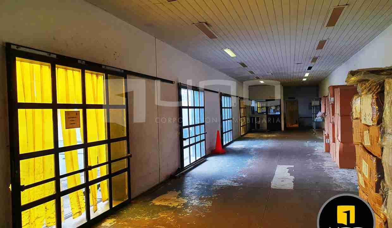 15-en-venta-o-alquiler-amplio-inmueble-con-oficinas-galpones-zona-norte-santa-cruz-bolivia