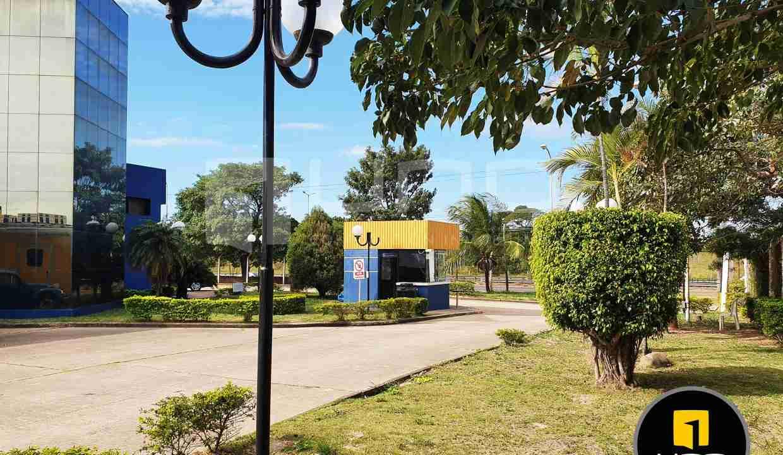 18-en-venta-o-alquiler-amplio-inmueble-con-oficinas-galpones-zona-norte-santa-cruz-bolivia