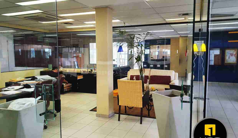 6-en-venta-o-alquiler-amplio-inmueble-con-oficinas-galpones-zona-norte-santa-cruz-bolivia