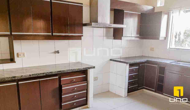 8-casa-en-venta-zona-norte-en-condominio-santa-cruz-bolivia