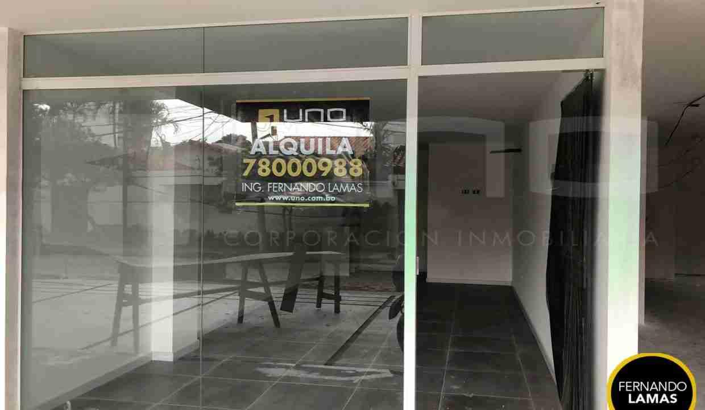 Local Comercial en Alquiler en Edificio Gold, Barrio Equipetrol, Santa Cruz, Bolivia (3)