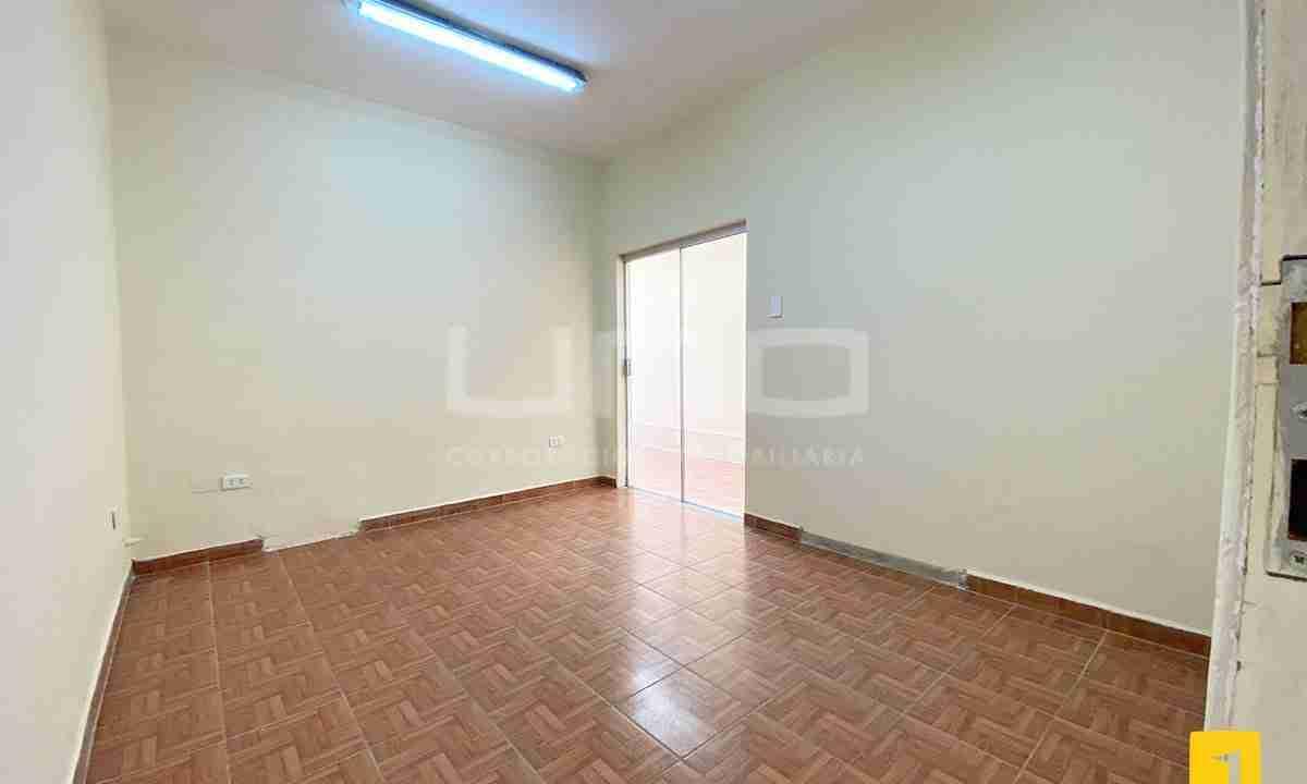 Casa en alquiler para oficina 6