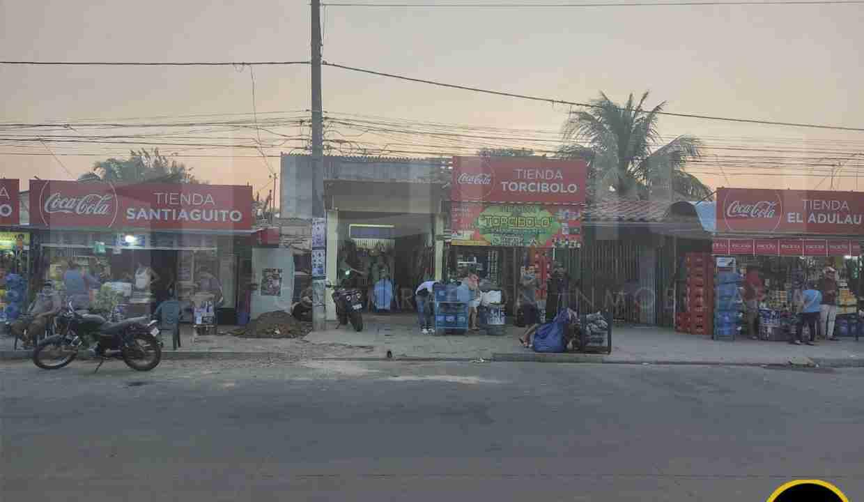 Venta de casa para negocio sobre avenida radial 26, zona norte, Santa Cruz, Bolivia (2)