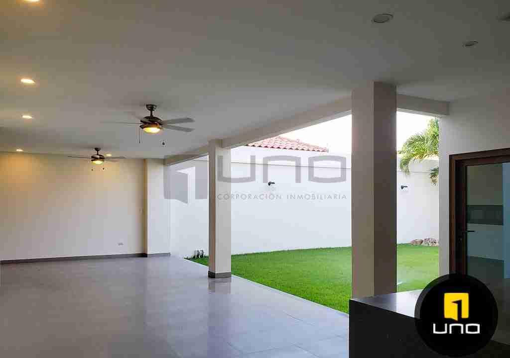 11-casa-en-venta-zona-oeste-barrio-las-palmas-uno-corporacion-inmobiliaria-santa-cruz-bolivia