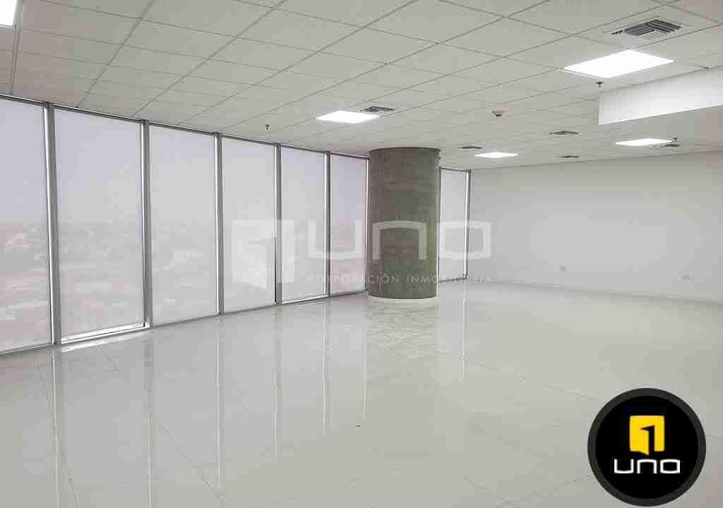 2-oficina-en-alquiler-zona-norte-equipetrol-torre-platinum-uno-corporacion-inmobiliaria-santa-cruz-bolivia