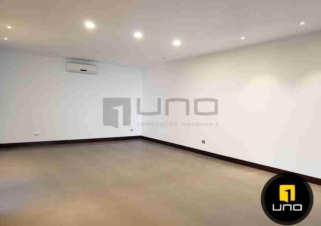 3-casa-en-venta-zona-oeste-barrio-las-palmas-uno-corporacion-inmobiliaria-santa-cruz-bolivia