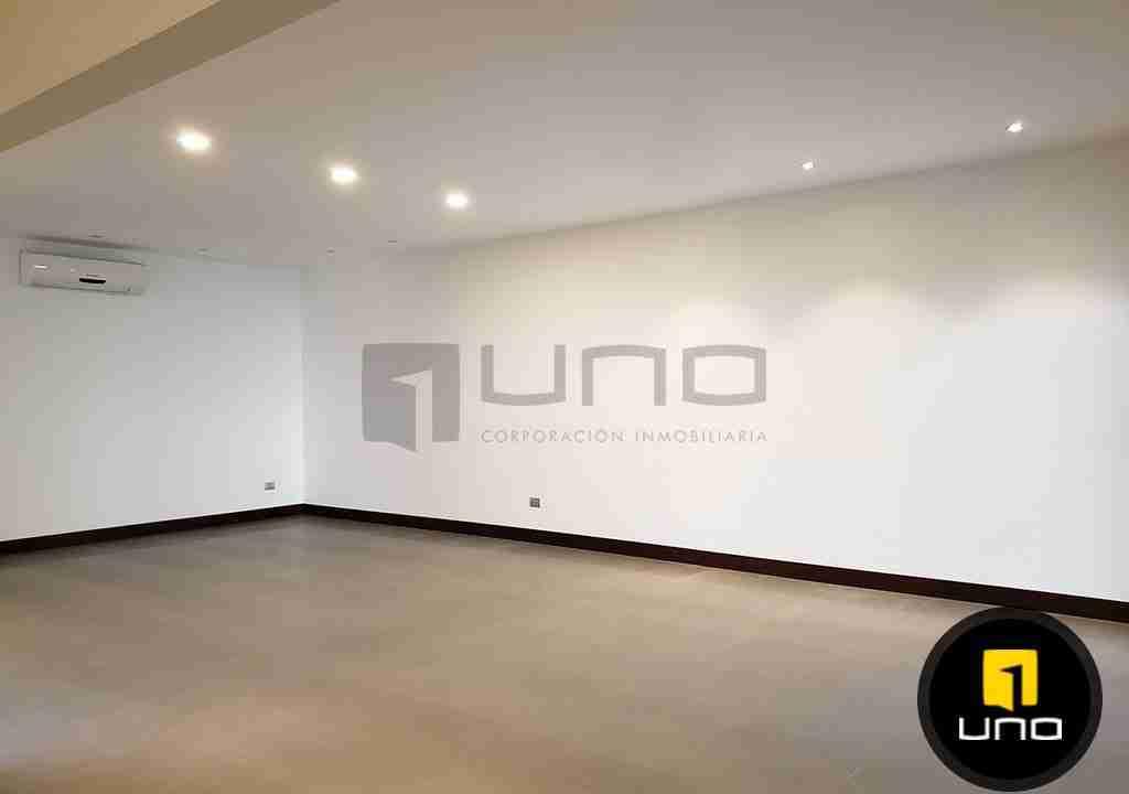 4-casa-en-venta-zona-oeste-barrio-las-palmas-uno-corporacion-inmobiliaria-santa-cruz-bolivia