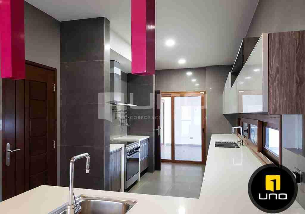 7-casa-en-venta-zona-oeste-barrio-las-palmas-uno-corporacion-inmobiliaria-santa-cruz-bolivia