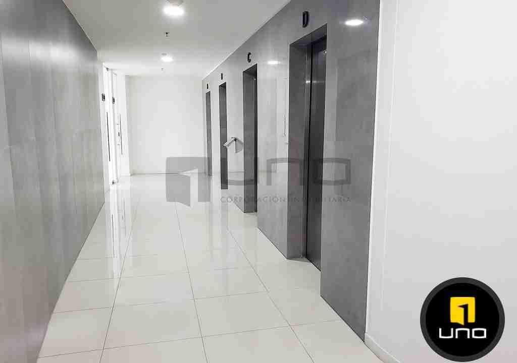 8-oficina-en-alquiler-zona-norte-equipetrol-torre-platinum-uno-corporacion-inmobiliaria-santa-cruz-bolivia